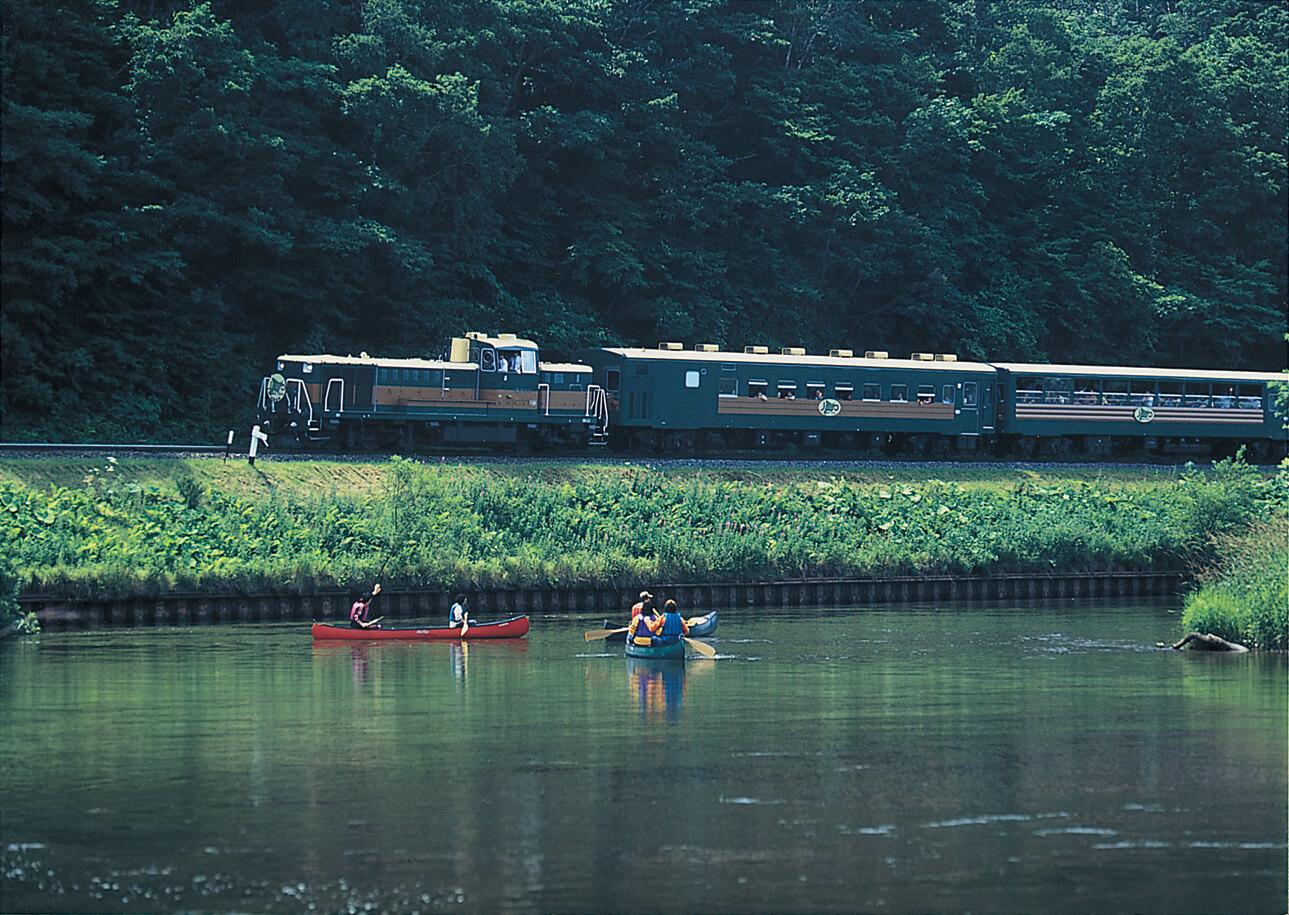 釧路濕原慢車號:貼近美麗釧路濕原的火車之旅