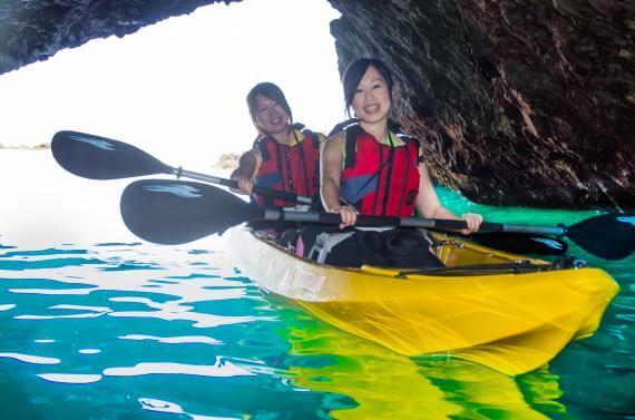 尋訪美麗的積丹藍!青之洞窟透明獨木舟之旅