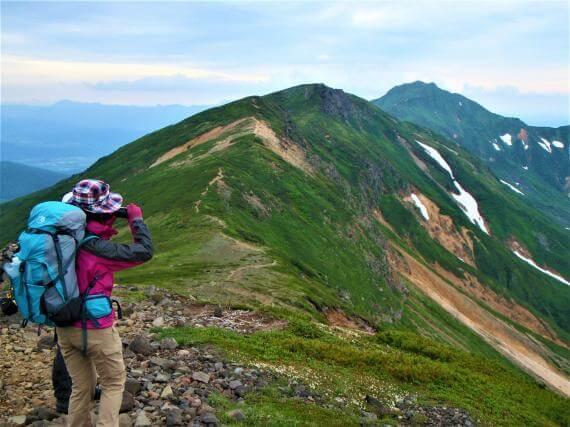 夏季人氣登山路線!十勝岳連峰攻頂1日遊