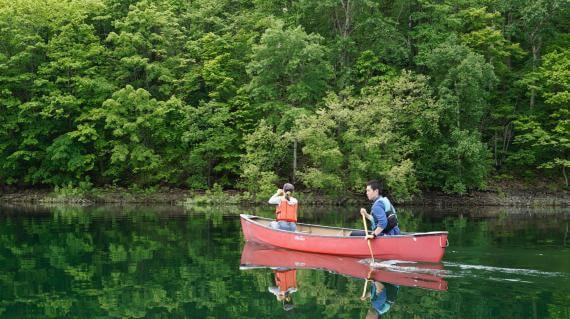 金山湖划獨木舟
