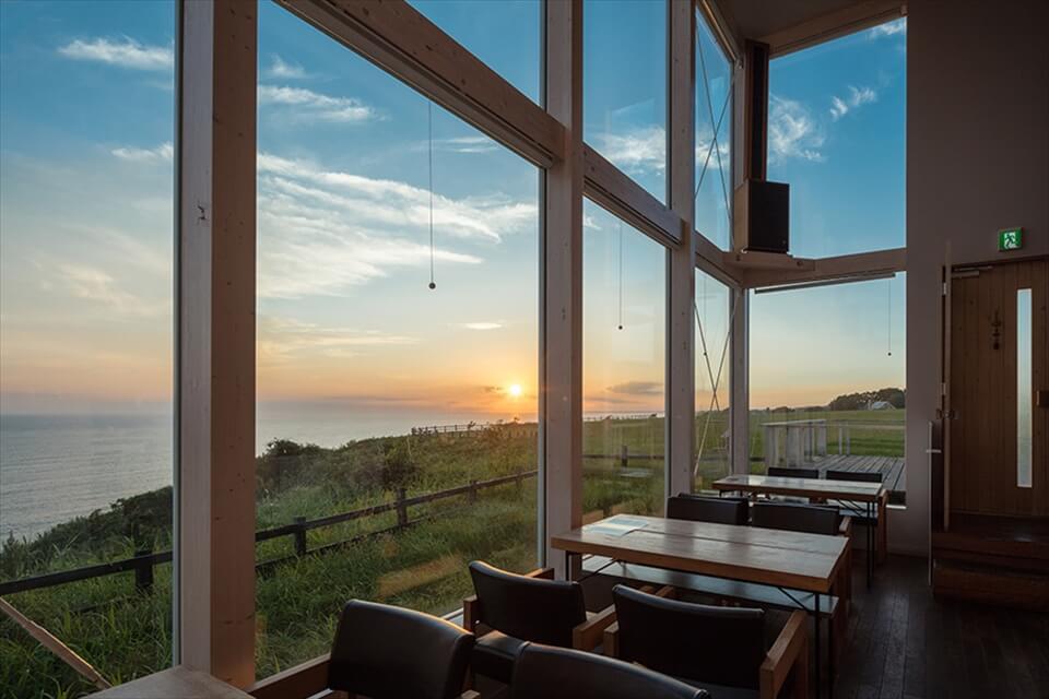椿TSUBAKI SALON:在咖啡廳欣賞夕陽絕景