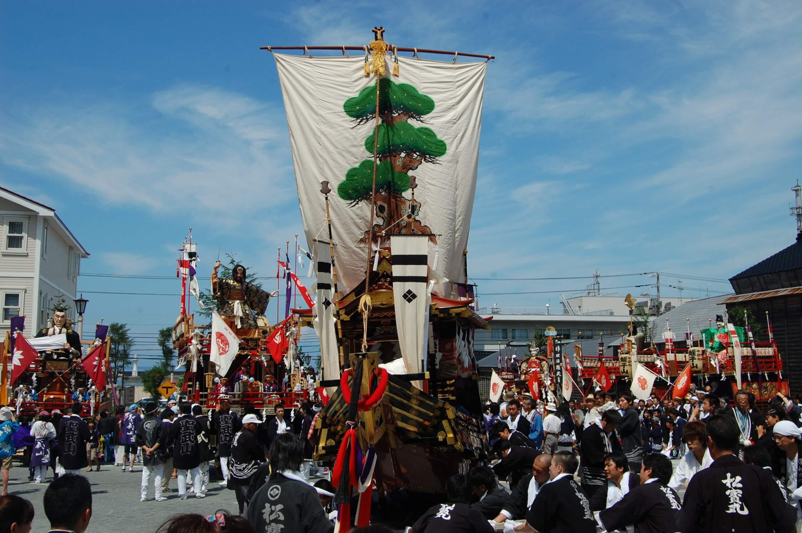 北海道三大祭典之一的「江差・姥神大神宮渡御祭」
