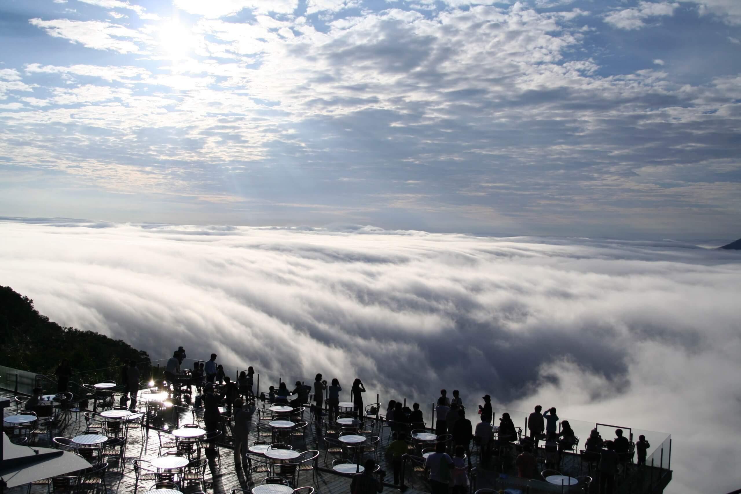 星野TOMAMU度假村「雲海平台」、「霧冰平台」