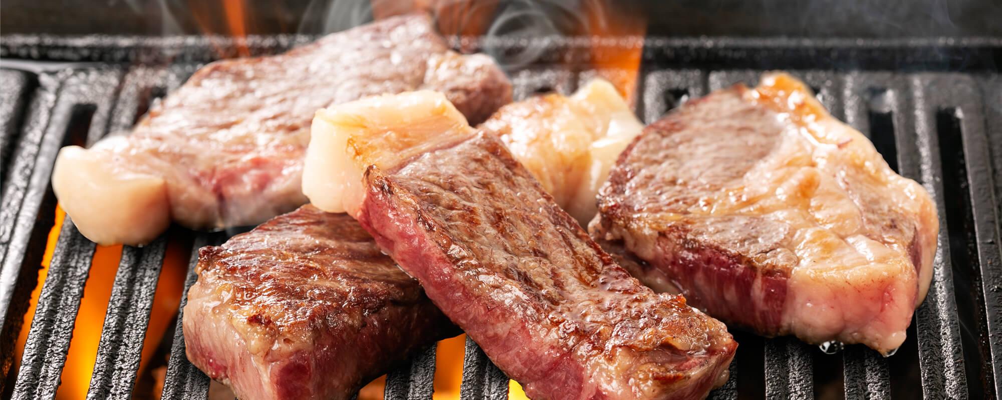 在牧場直營店「款待亭」品嚐北海道的和牛品牌「白老牛」