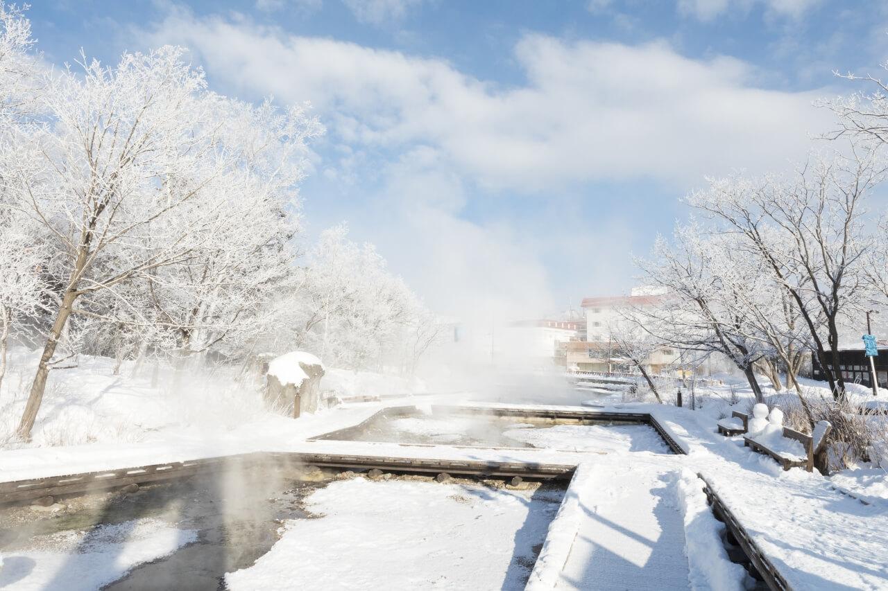 日本罕見溫泉流淌的河川「川湯溫泉」