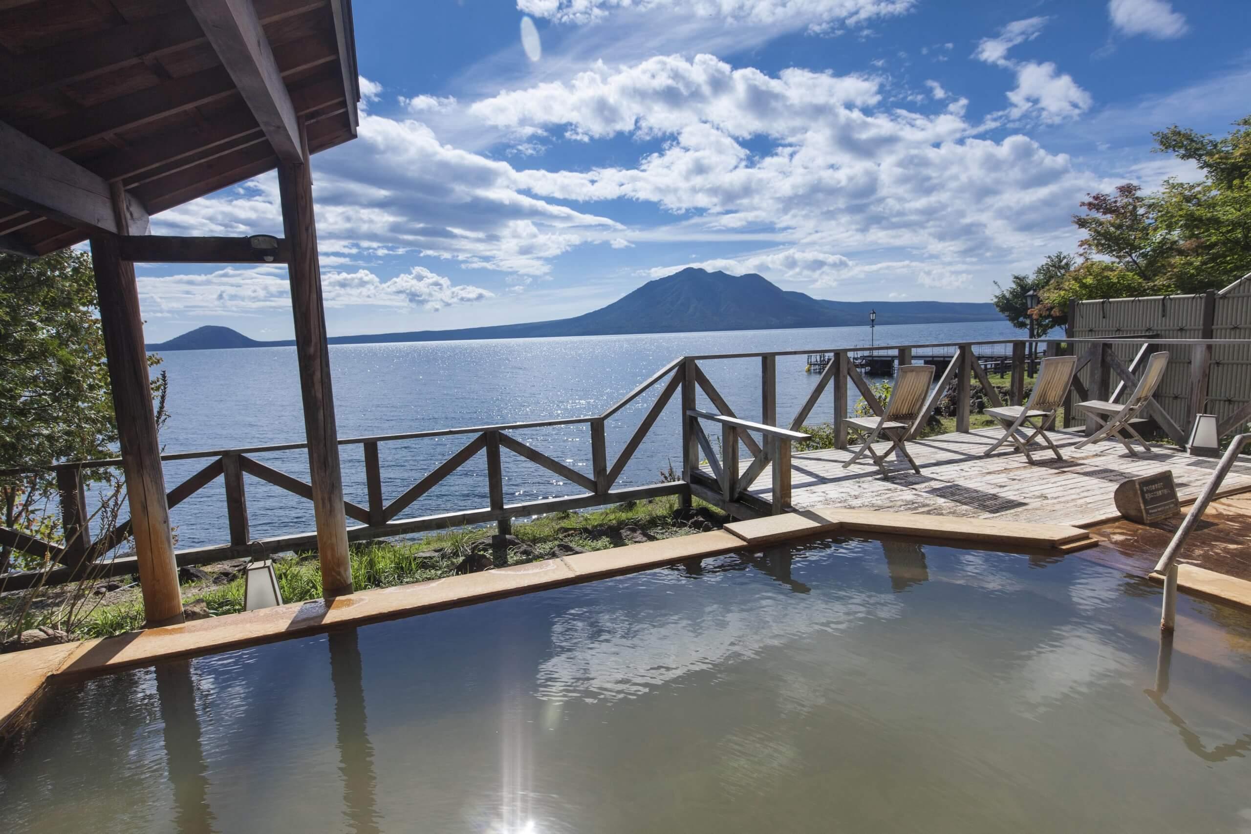 支笏湖溫泉:日本水質清淨度第一湖泊