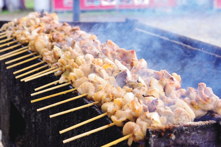 美唄烤雞肉串:品嚐日本七大烤雞串的美味!