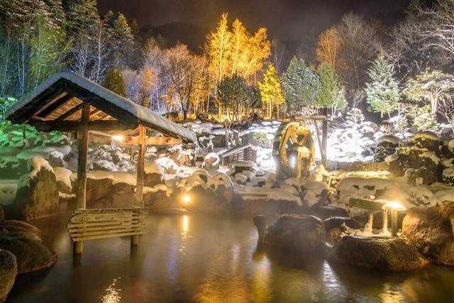 冬季的奢侈時光。北海道的雪景露天溫泉