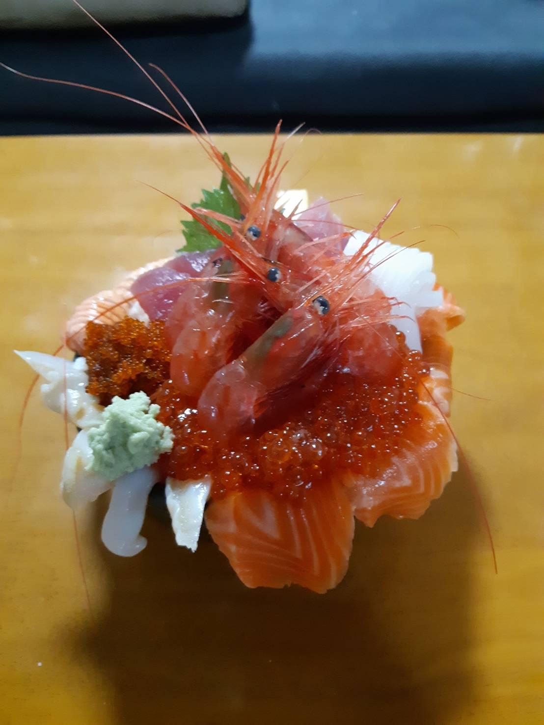 Sumire餐廳:欣賞Oloron線的海岸線並享用高CP值的海鮮丼!