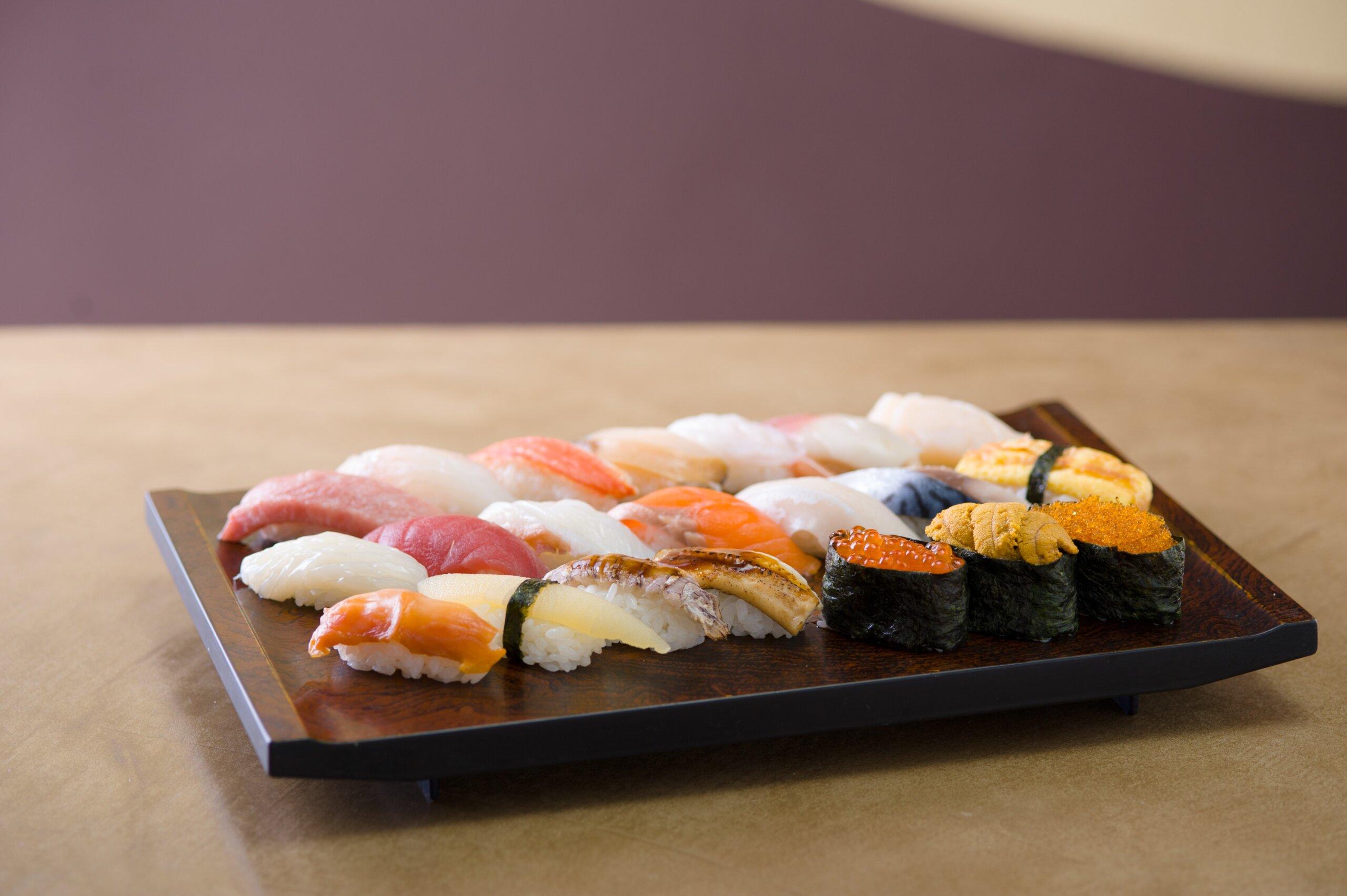蛇眼壽司:由留萌當地的新鮮海鮮製成的美味壽司