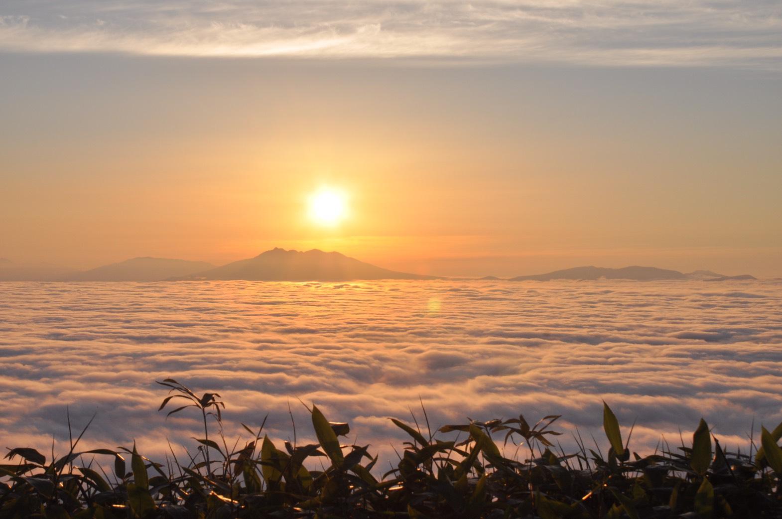津別峠:欣賞覆蓋在屈斜路湖的遼闊雲海