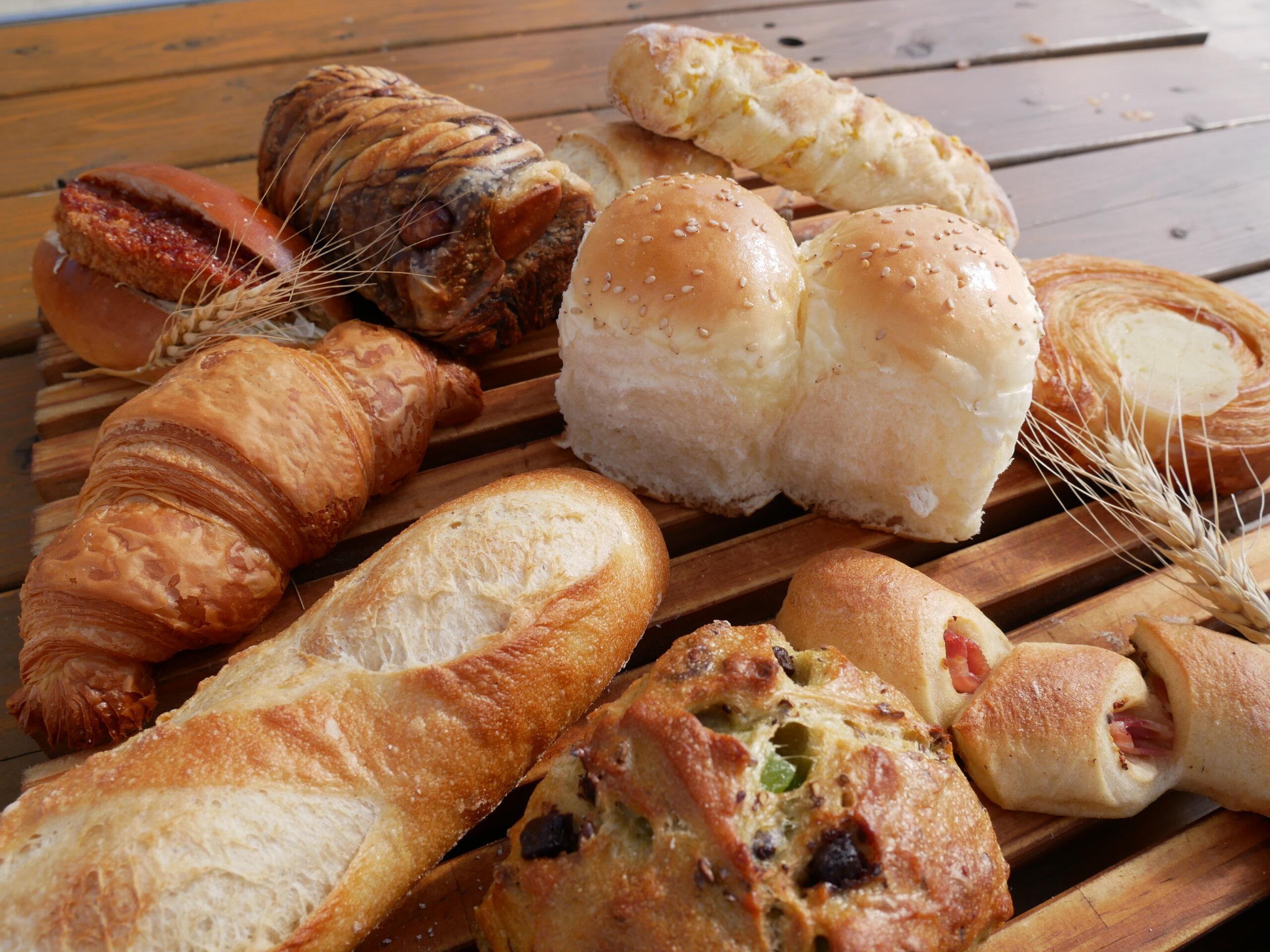 麥音:在廣大的小麥田中,百分百使用十勝小麥的麵包坊