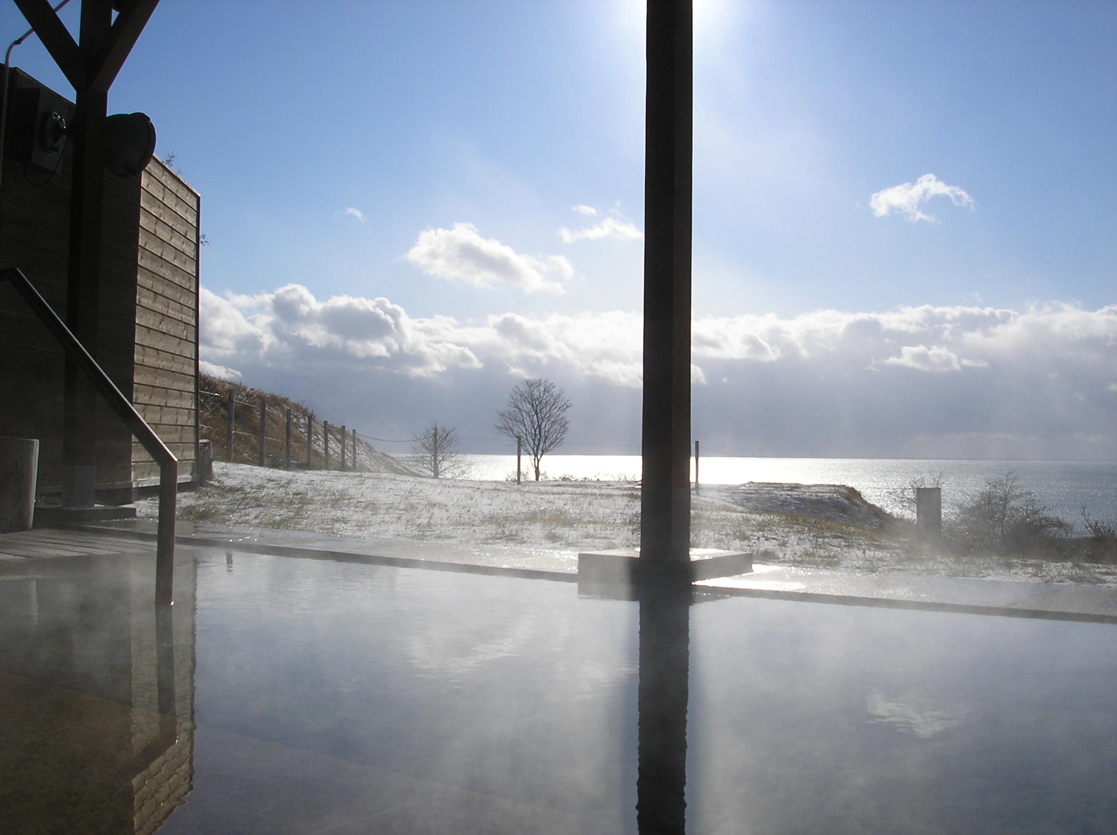 虎杖濱溫泉 Hotel Izumi:享受海景露天浴池與在地螃蟹、和牛的山珍佳餚
