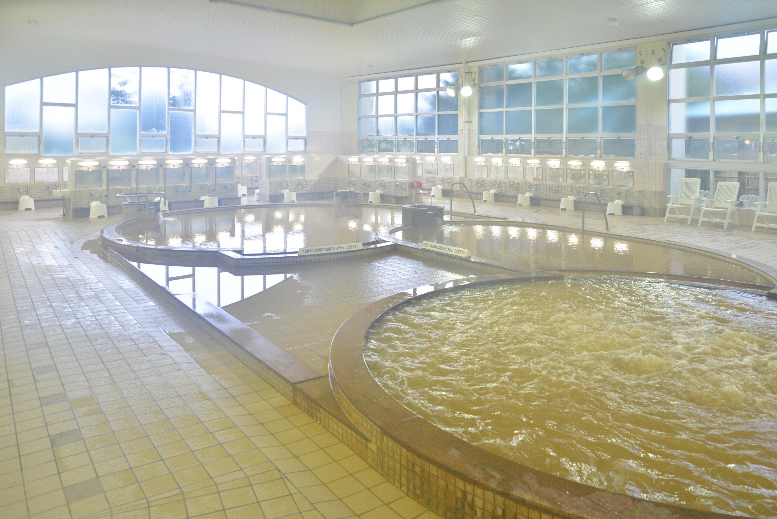谷地頭溫泉:長年深受函館市民們愛戴的茶褐色溫泉