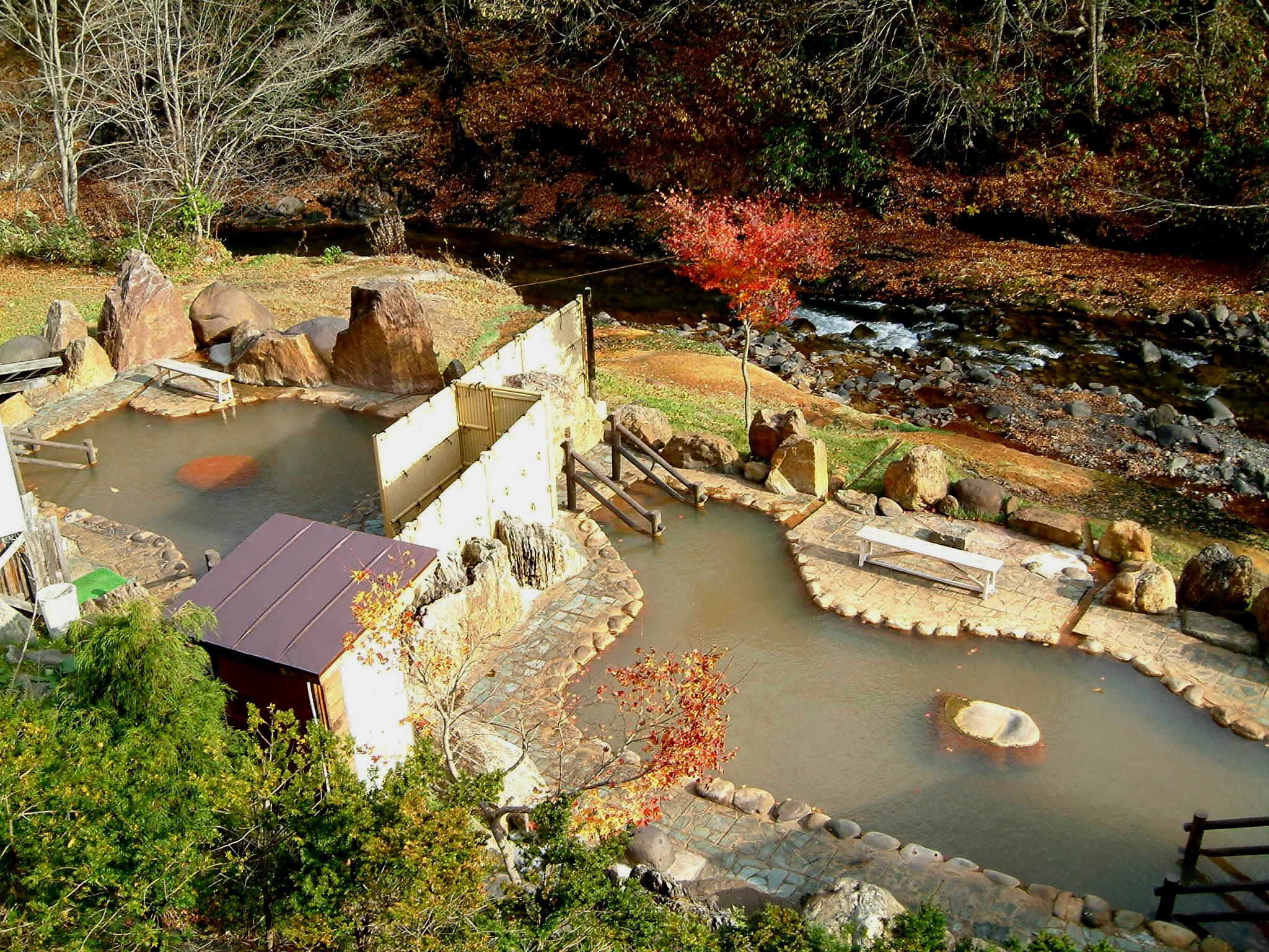 八雲溫泉 おぼこ荘:大自然圍繞的獨棟旅館,享受2種泉質的泡湯樂趣!